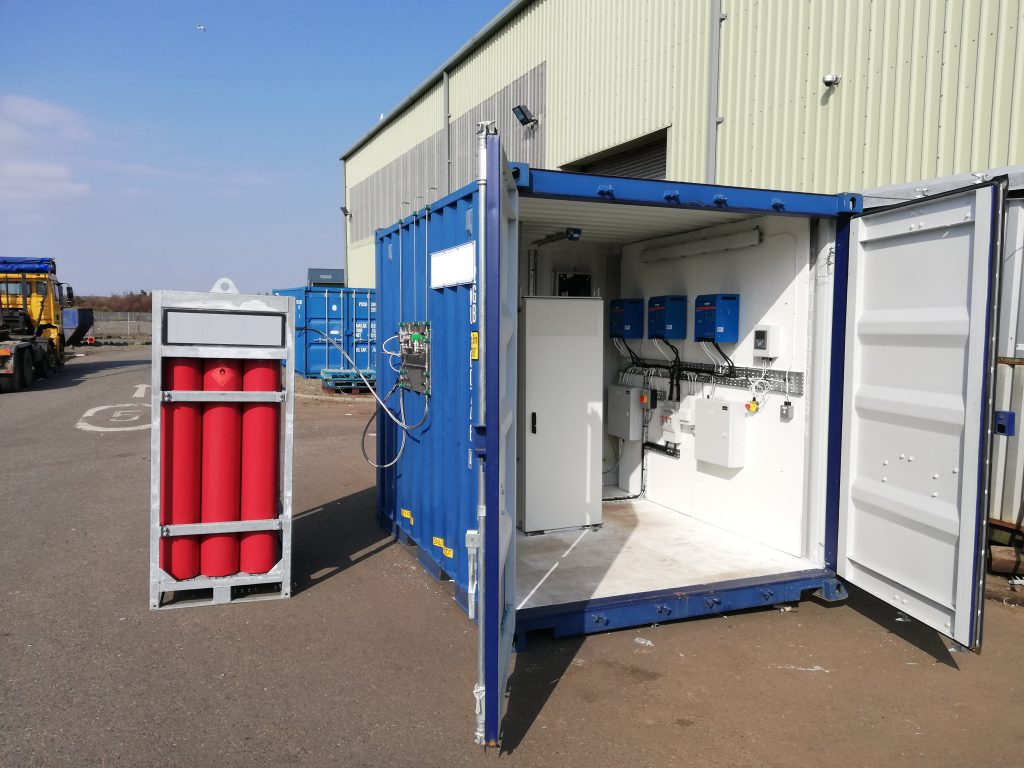 Fuel cell in container and hydrogen storage